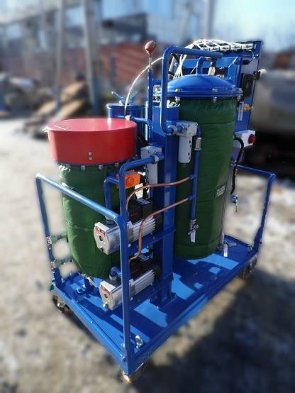 Fully Automated Oil Recycling machine shipped